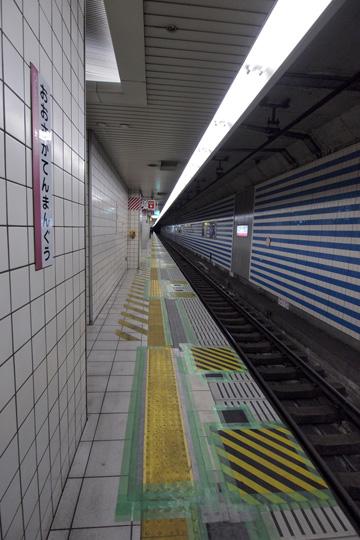 20120226_osaka_temmangu-02.jpg