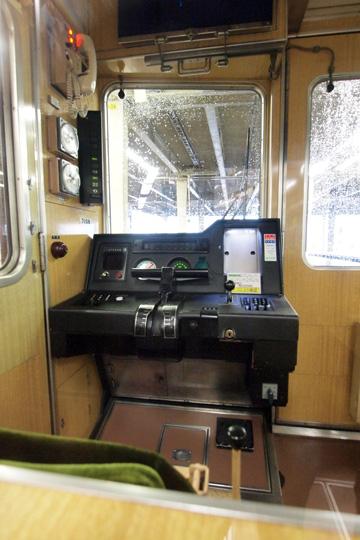 20120721_hankyu_7000-cab01.jpg