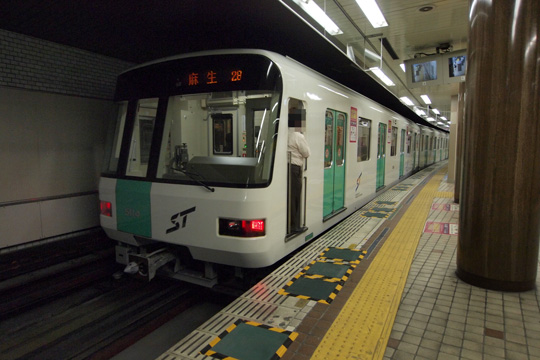 20120813_sapporo_subway_5000-01.jpg
