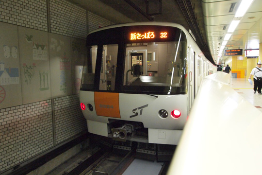 20120813_sapporo_subway_8000-01.jpg