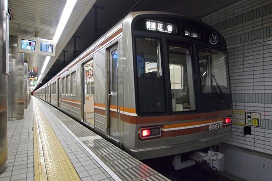 20120826_osaka_subway_66-02.jpg