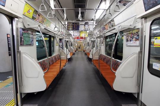 20121123_tokyu_6000-in01.jpg