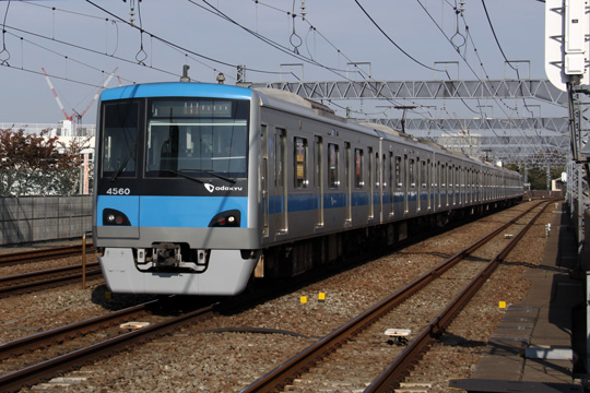 20121124_odakyu_4000-01.jpg