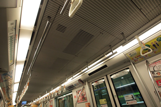 20130104_fukuoka_subway_3000-in05.jpg
