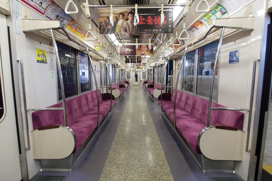 20130210_tokyo_metro_9000-in03.jpg