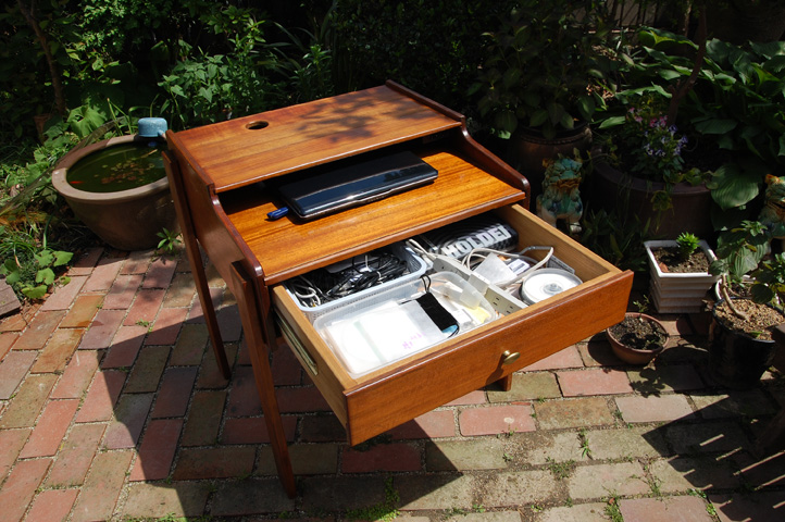 pc-desk-5.jpg