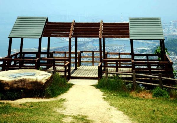 青野山頂上展望台