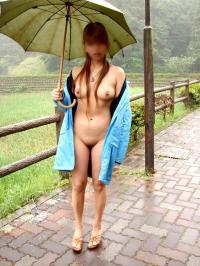 雨とエロスがコラボする時 feat 露出女