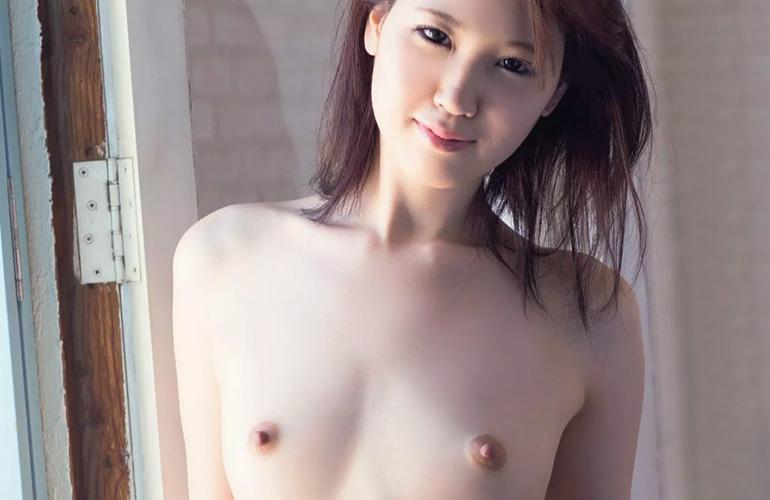 白石優杞菜 北海道が生んだ純白モデル美女がAVデビュー!