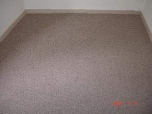 置き敷きカーペット新規施工1