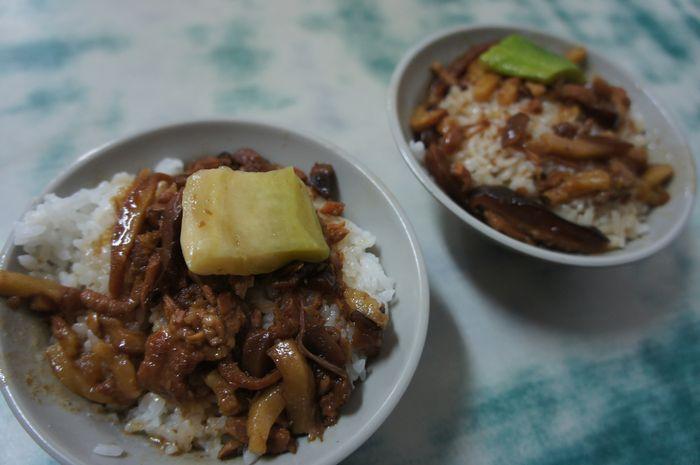 台湾・魯肉飯4