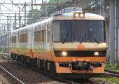 100522-JR-E-DC58-kogane-1.jpg
