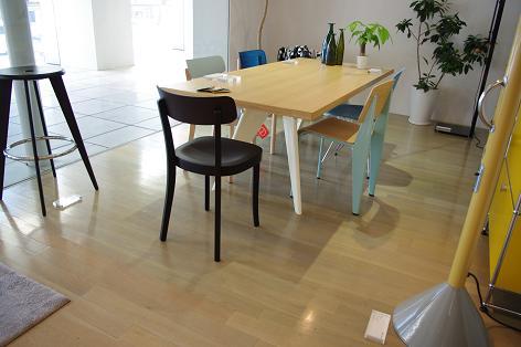 EM Table イーエムテーブル Jean Prouve  Vitra社