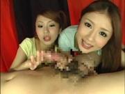2人の美女がフェラチオしまくり精子を舐めまくる精子舐め接吻!