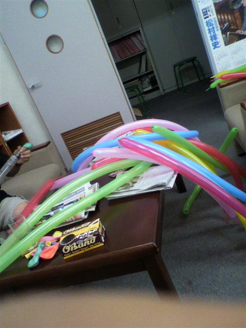 パレード(仮装行列)の準備…やまびこ祭り