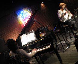 ピアノ&ピアニカ中