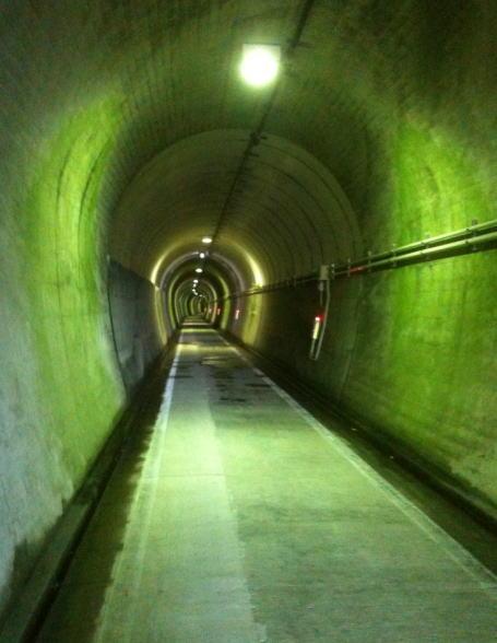 長浜トンネル