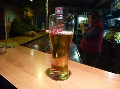 23ビールも飲んで水をもらう_サイズ変更