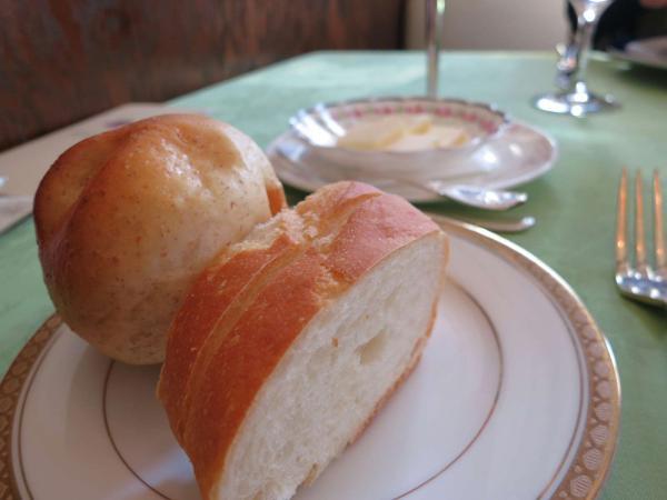 フランス料理 レザンヌ