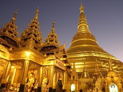 s-ミャンマー随一の聖地シュエダゴォンパゴダ