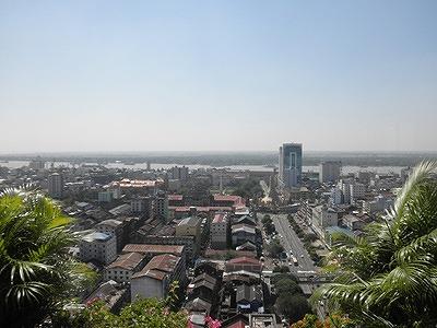 s-ヤンゴン市内を一望