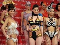 斬新なデザインの下着が多数登場したトリンプの下着コンテスト開催