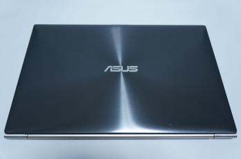 Asus_zenbook_UX31A_005.jpg