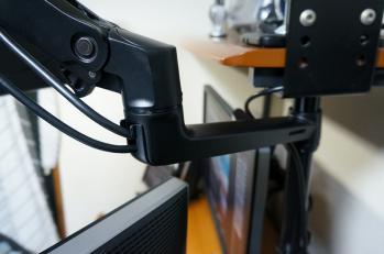 Ergotron_LX_Desk_Arm_BT861AA_012.jpg