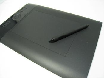 wacom_intuos4_wireless_PTK-540WL_012.jpg