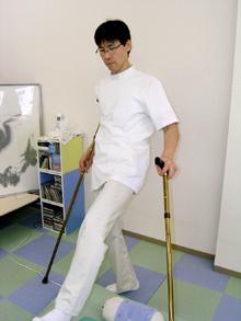 愛知県刈谷市寿町2-420 カメリオンビル1Fで  あいち足圧整体を営んでいる院長の山田拓司です。