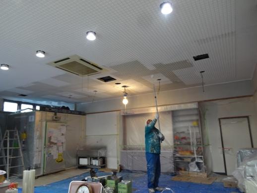 Yビル1階店舗改修中