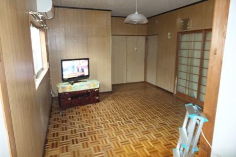 某アパート床と壁のリフォーム~完了