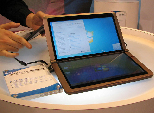 DualscreenNetbook_01.jpg