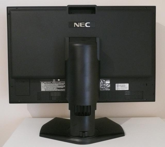 LCD-PA241W-c.jpg