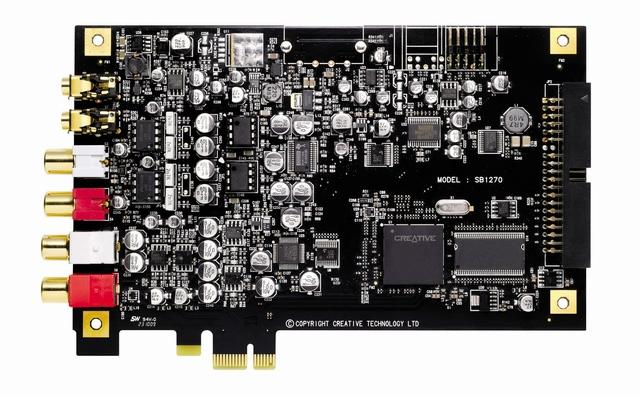 X-FiTitaniumHD_03.jpg